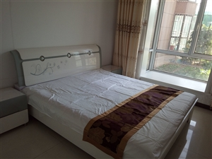 东城区万华府公寓4室 2厅 1卫面议