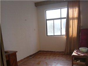 火车站北外贸家属院南楼3室 1厅 1卫600元/月
