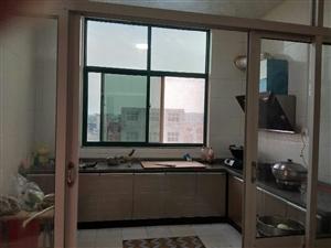 其他小区业主4室 2厅 1卫8000元/月
