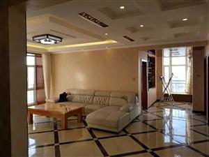 凯旋苑精装房出租3室 2厅 1卫2200元/月