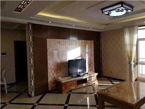 富康精装地暖房出租3室 2厅 1卫2200元/月