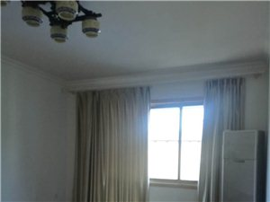 一中附近2室 2厅 1卫1330元/月