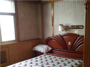 燕春小区3室 1厅 1卫650元/月