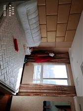 名宿华府3室 2厅 2卫86万元