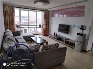 万丰阳光家园3室 2厅 1卫1200元/月