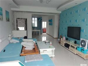 领秀边城3室 2厅 2卫37.8万元