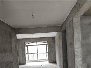 宏基王朝樱花园3室 2厅 2卫78万元