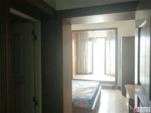 东大街3室 2厅 2卫34.8万元