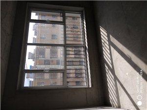 月太佳苑新房出售3室 2厅 1卫57.8万元