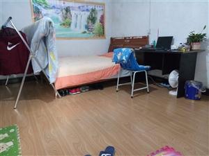 临江小区(龙8国际娱乐城党校对面)2室 0厅 1卫200元/月