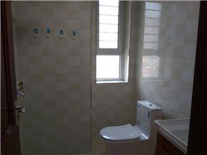 建材小区高层3室2厅2卫1800元/月年租免物业费