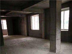 富春嘉园4室 2厅 2卫6300万元