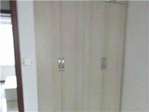 新城区2室 1厅 1卫700元/月