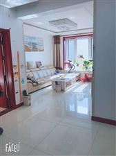 西苑华庭2室 2厅 1卫8000一平,精装