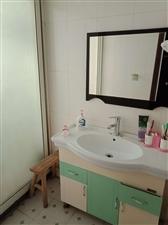 恒大绿洲(秀江西路210号)3室 2厅 1卫1500元/月