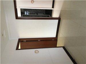 阳光小区3室 2厅 2卫2000元/月
