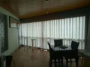 桂花园大户型4室 2厅 2卫66.8万元