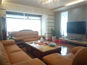 桂花苑4室 2厅 2卫66.88万元