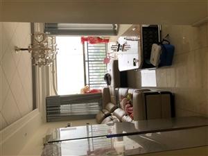 中央豪庭3室 1厅 1卫精装修真正的拎包入住