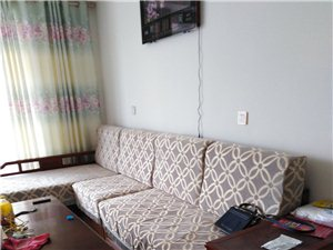 华语丽都3室 2厅 2卫1250元/月