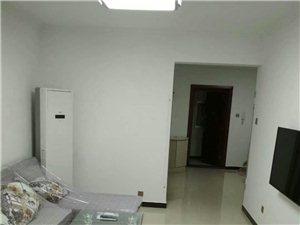 御花园3室 2厅 1卫1300元/月