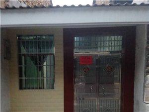 县城鸭麻街两室一厅带卫生间厨房