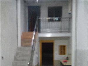 金水大道鸭麻街两室一厅