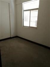 老隆港3室 2厅 1卫37万元