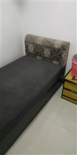 商贸中心女子公寓5室 1厅 1卫300元/月
