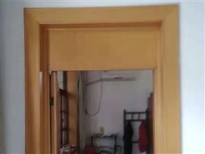 西环白塔3室 1厅 1卫700元/月