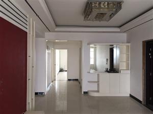汽车站高层3室 2厅 2卫52万元
