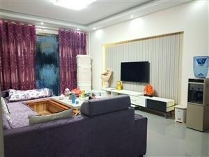 领秀边城3室 2厅 2卫48.8万元
