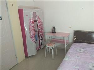 大学生公寓400元/月(限女)