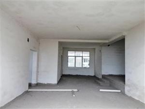 平凯政府5室 2厅 3卫46.8万元