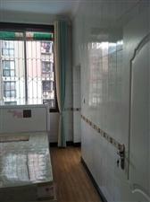 龙水苑3室 2厅 1卫1400元/月