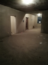金地花园小区3室 2厅 2卫62万元