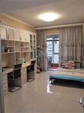 东方苑4室 2厅 2卫150万元
