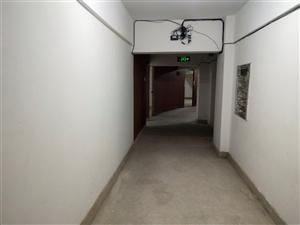 前进街区1室 1厅 1卫