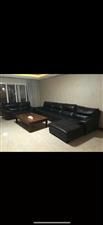 花灯广场电梯房4室2厅 2卫,精装修68.8万元