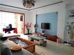 领秀边城3室 2厅 2卫44.8万元