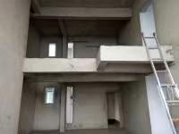 凤凰学区房花灯广场附近6室 3厅 2卫90万元