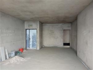 名都广场4室 2厅 2卫66万元