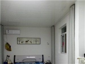 老霍邱二中1室 0厅 1卫500元/月
