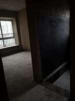 爱源3室 2厅 2卫40.8万元