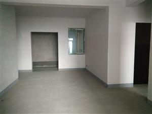 豪生3室 2厅 1卫42.8万元