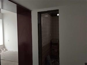 流金国际3室 2厅 2卫55.8万元