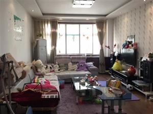 惠安小区3室 2厅 2卫38万元
