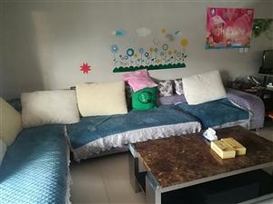 紫荆豪园4室 2厅 2卫46.8万元