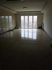 紫云大厦4室 2厅 2卫72万元