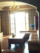 城中心中央豪庭精装4室2厅2卫78万元